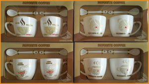 ชุดแก้วกาแฟคู่พร้อมช้อนลวดลายพร้อมกล่องลายกาแฟ รุ่นเล็ก 2