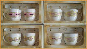 ชุดแก้วกาแฟคู่พร้อมช้อนลวดลายพร้อมกล่องลายหน้ากาก